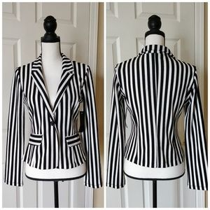 NWT Kaii black/white striped blazer sz S